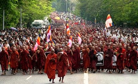 Building Solidarity with Burma's Nonviolent Resistance ...Non Violent Resistance Training